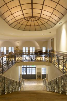 Elysée Montmartre - Interieur Escalier - Salle événementielle à Paris